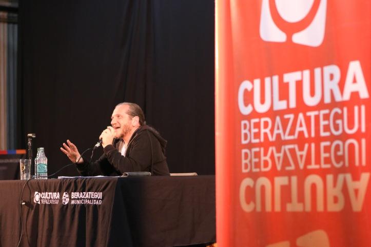 Darío Sztajnszrajber en Berazategui