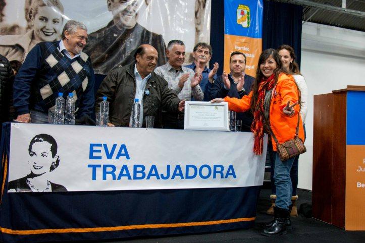 """EL PERONISMO DE BERAZATEGUI HOMENAJEÓ A """"EVITA"""" (1)"""