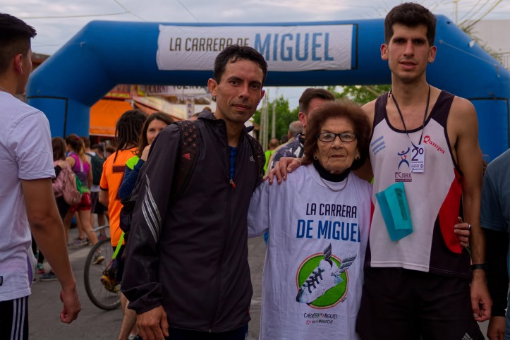 POR LA MEMORIA, NUEVA EDICIÓN DE LA CARRERA DE MIGUEL EN BERAZATEGUI (4)