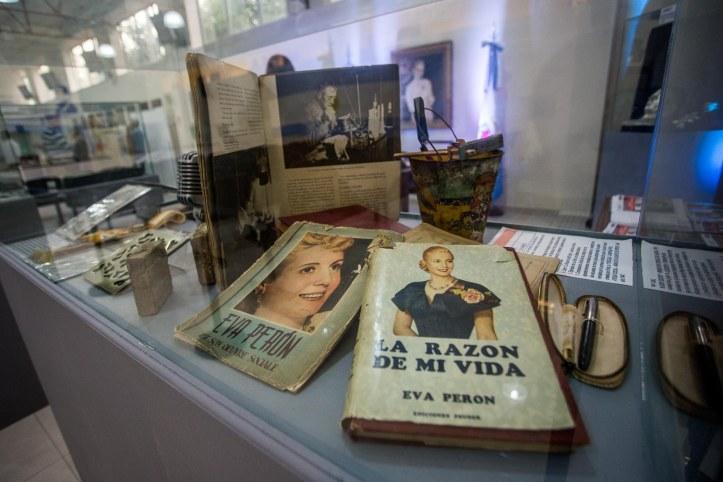 SESIÓN ESPECIAL POR LOS 100 AÑOS DEL NATALICIO DE EVITA (5)